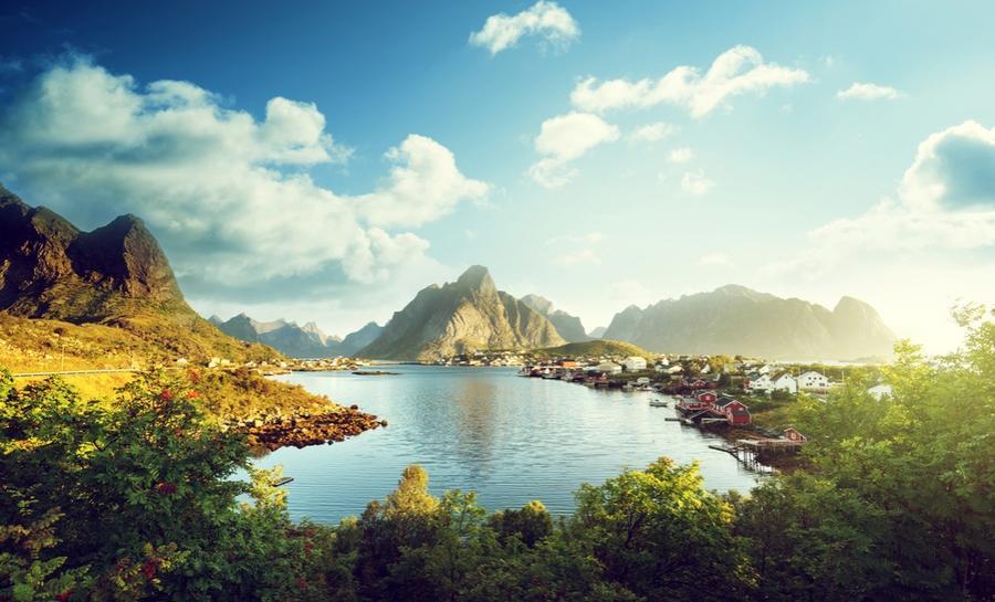 7. Норвежцы гордятся природой своей страны и очень бережно к ней относятся. Считается, что восхожден