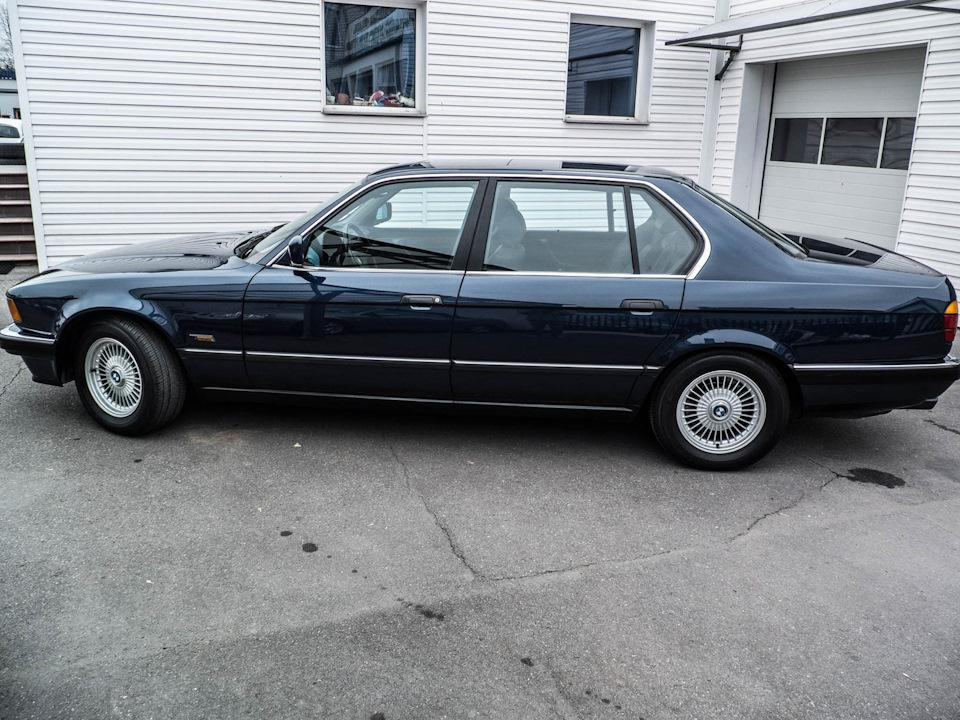 BMW 750iL Highline 1989: Одним словом – Флагман