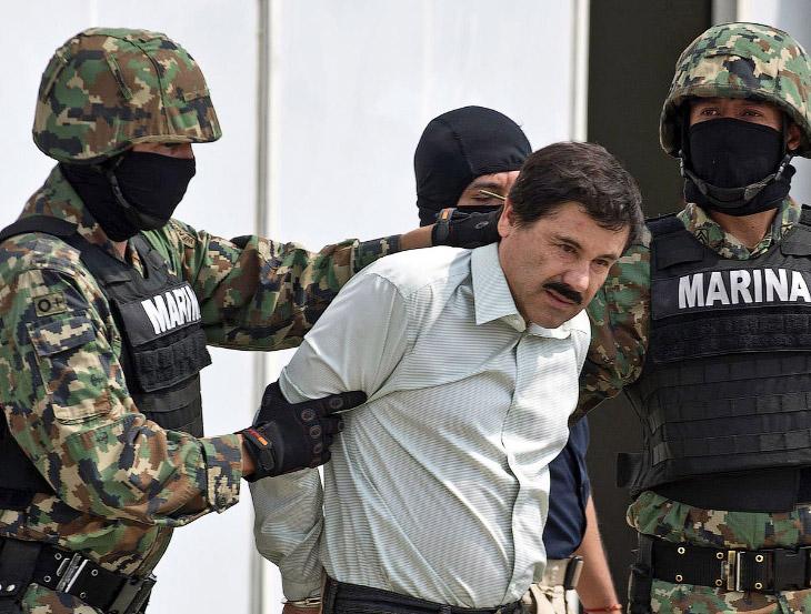 Один раз он уже бежал из тюрьмы. В 1993 году Эль-Чапо был один раз задержан и приговорен к 20 годам