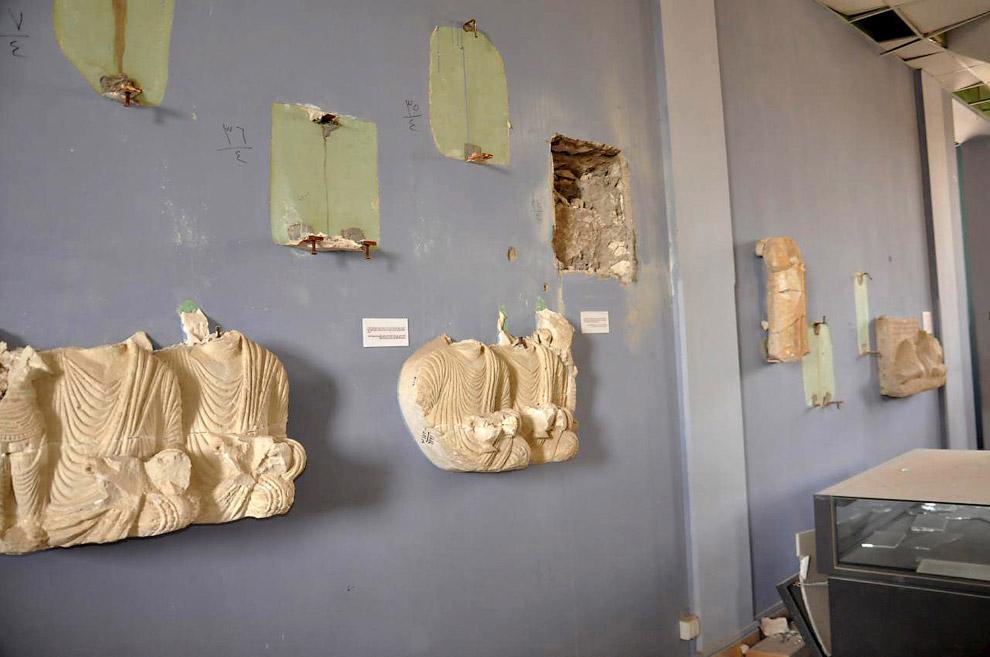 10. Среди разрушенных статуй была уникальная скульптура Лев аль-Лата, созданная в I веке до наш