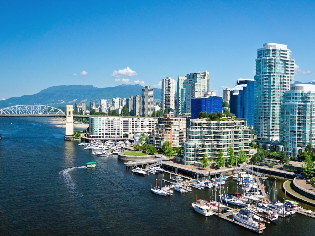 Ванкувер — молодой город с разнообразным населением, у него оживленный центр, но есть опции отдыха и