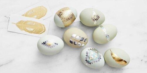 Пасхальные яйца с золотым декором