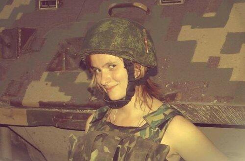 Военкор Анна Долгарева сейчас находится в Дебальцево, на Светлодарской дуге