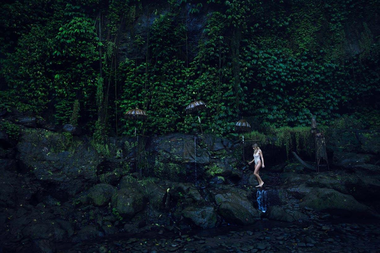 Исследуем водопады с Мэделин Джой Рельф / Madeline Joy Relph by Amberly Valentine
