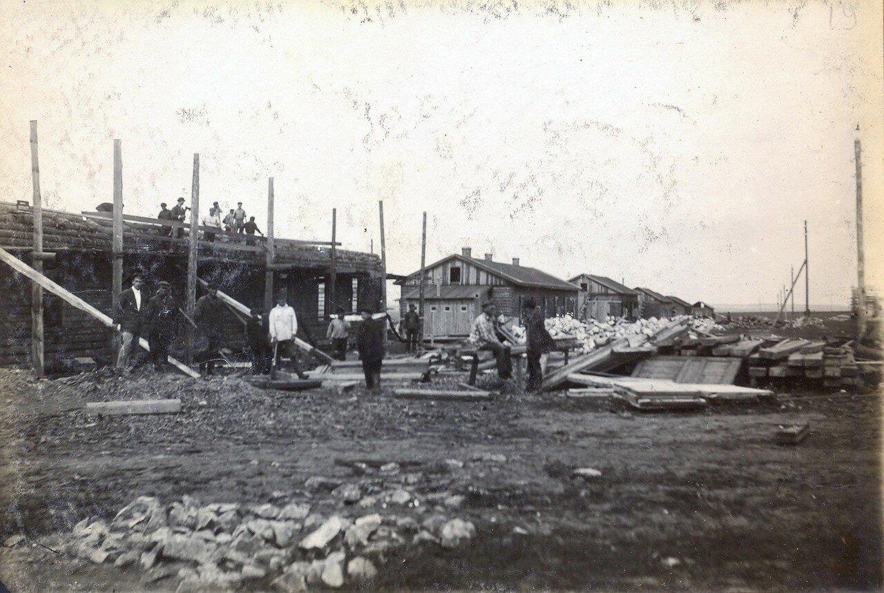 1928. Постройка рабочего посёлка на Октябрьском Поле