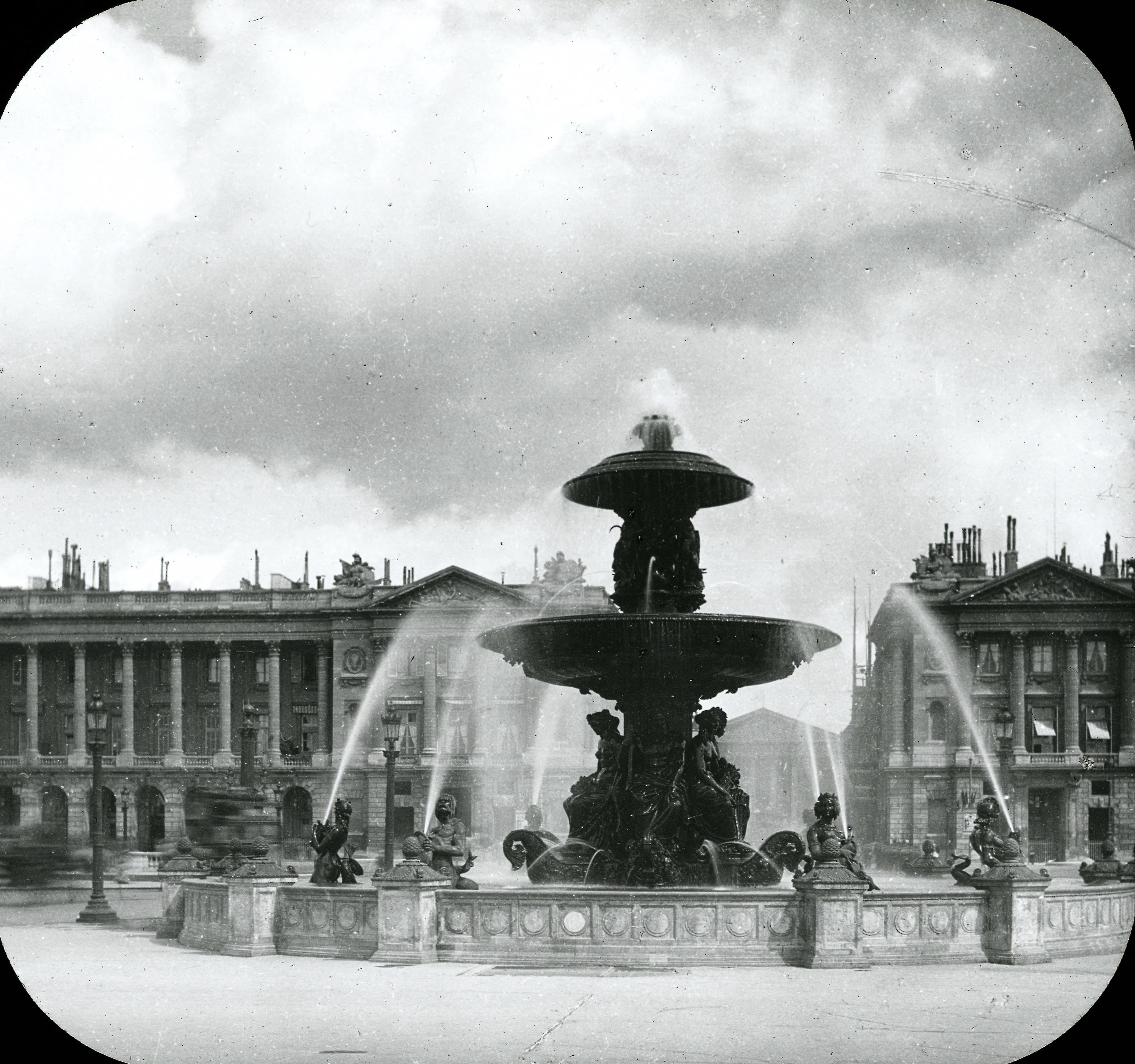 Площадь Согласия. Фонтан