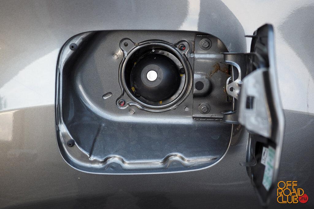 Nissan Terrano VA Renault Duster
