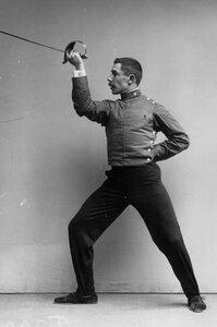 Движение, имеющее целью выбить шпагу из рук противника