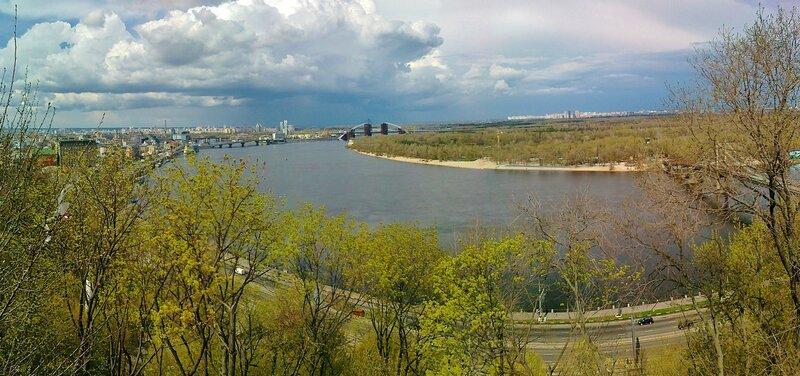 Панорама с площадки обозрения Хрещатого парка