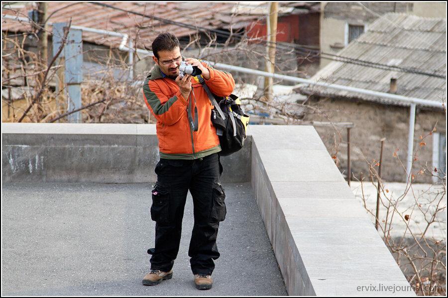 Иранский путешественник в Ереване