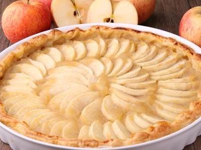 Диетическая шарлотка с яблоками