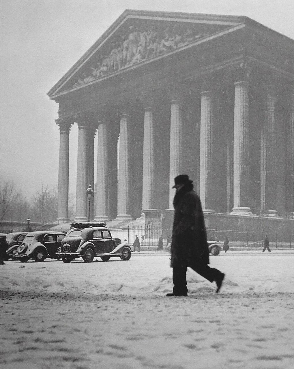 1945.  Площадь Мадлен