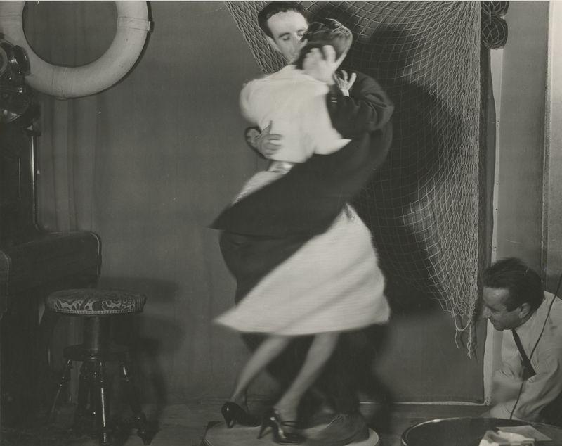 1965. Танцующие Марк и Кристина Шевалье