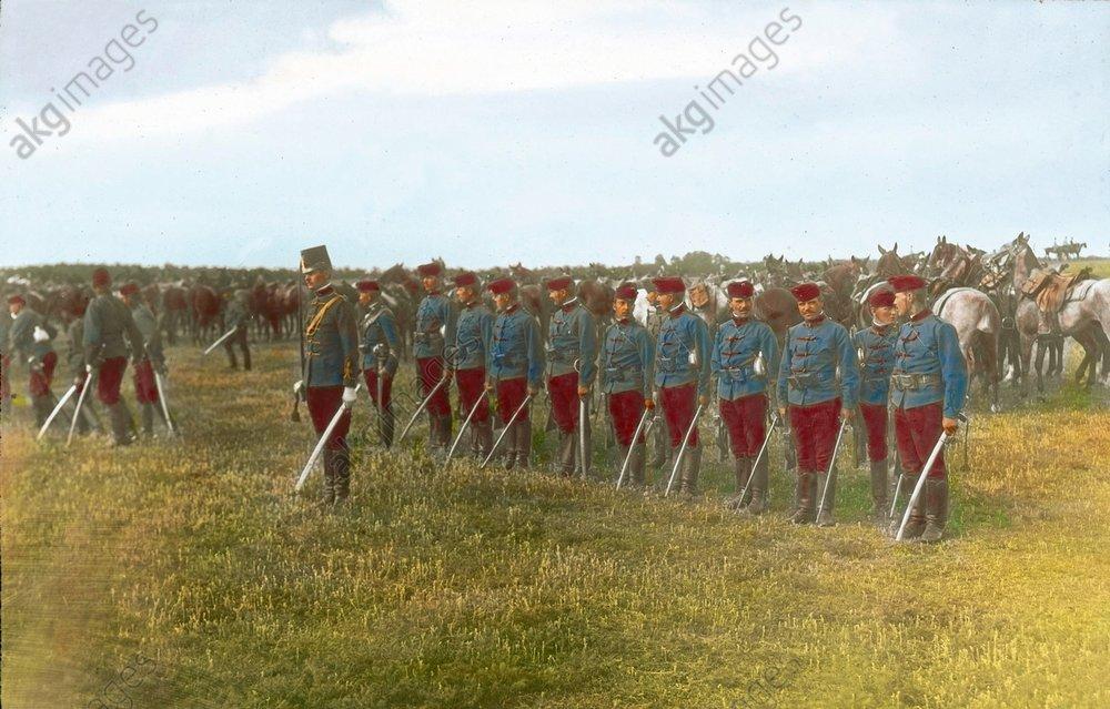 - Austrian hussars, 1914 -
