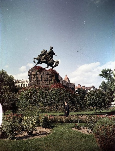 1955-65 Памятник Богдану Хмельницкому. Шагин2.jpg