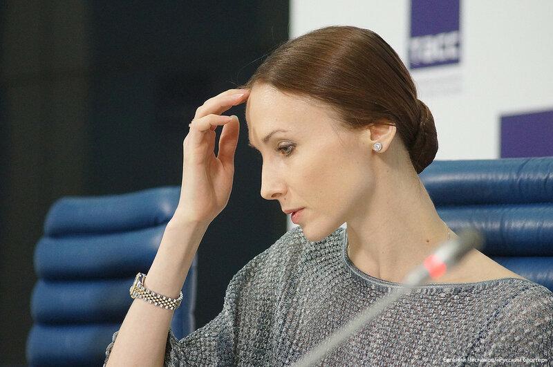 Весна. ТАСС. балерина Захарова. 09.03.17.15..jpg
