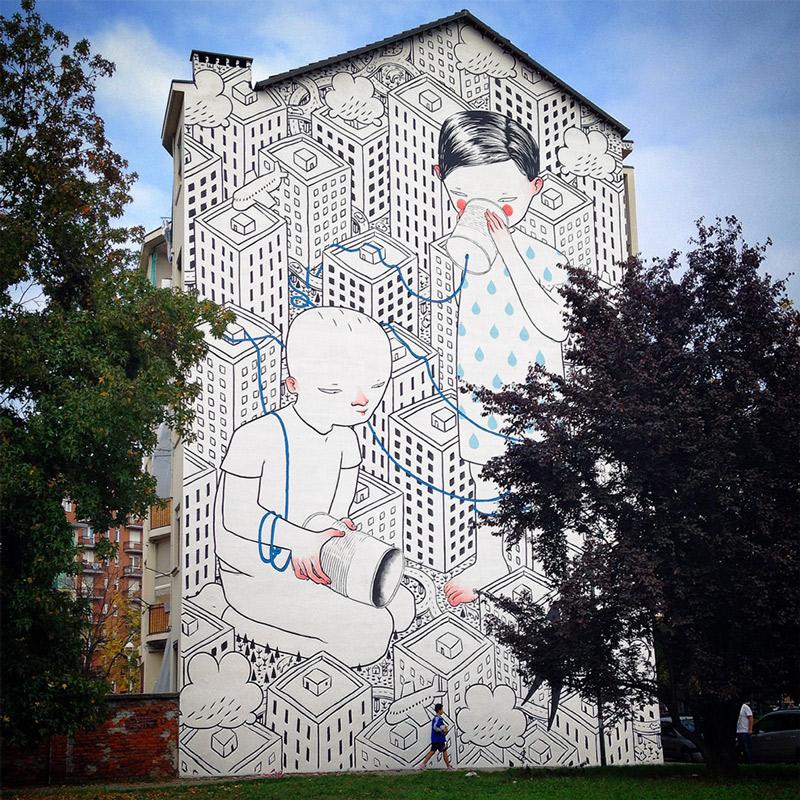 Artista explora o espaco urbano com seus afetuosos murais. (10 pics)