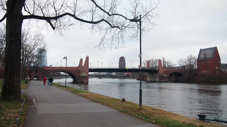 Старый мост Франкфурт