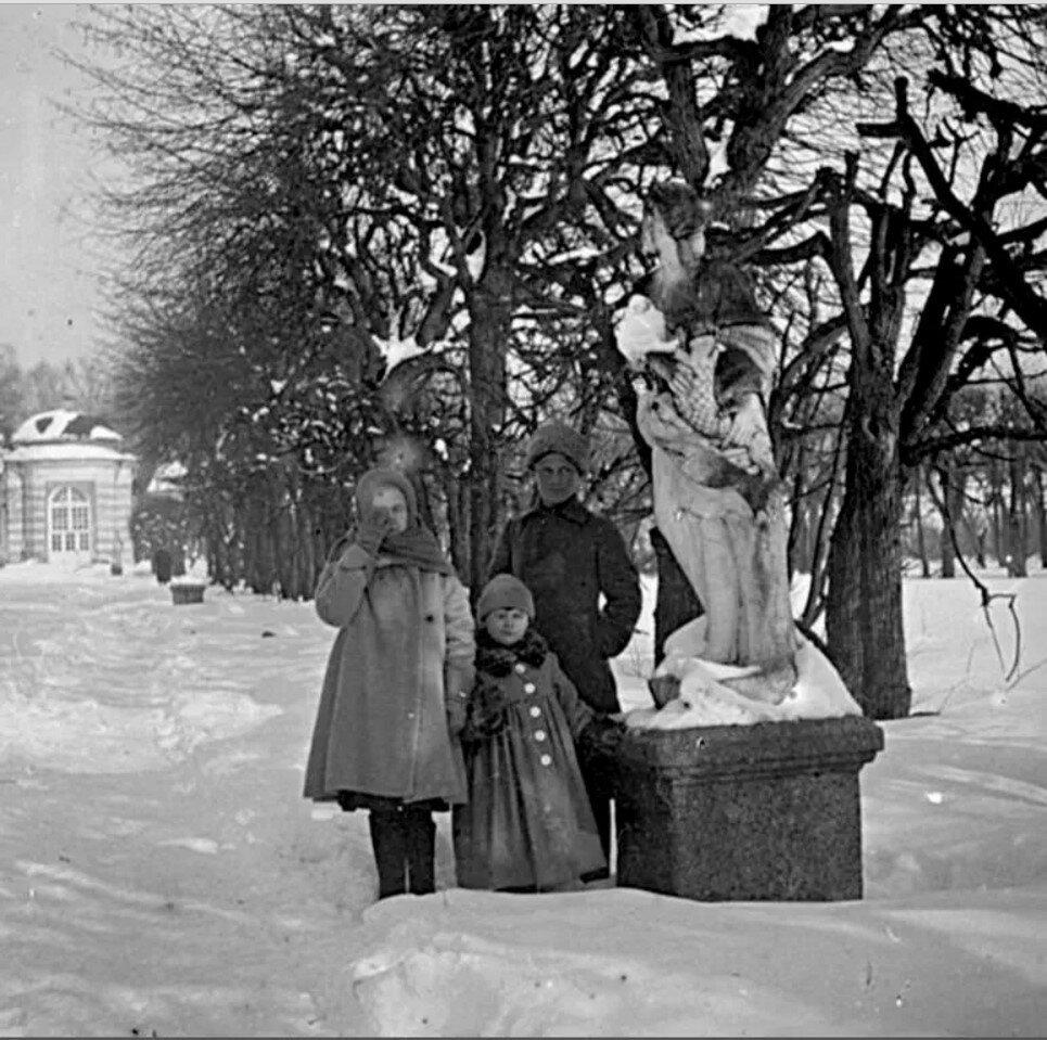 1910. В усадьбе Кусково