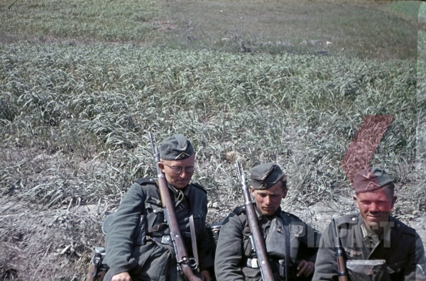 stock-photo-halang-france-1940-kar98-resting-b-8883.jpg