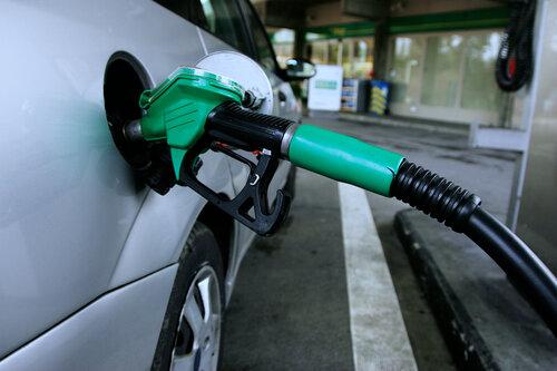 Бензин прибавит в цене, но дизтопливо станет дешевле