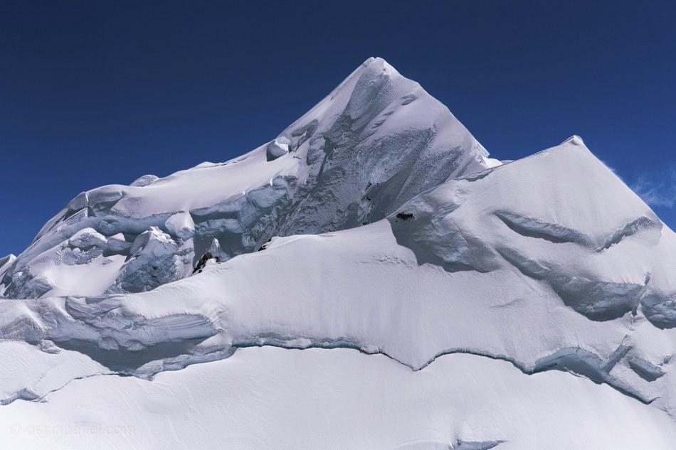 Вот она, собственно, красавица! Самая высокая гора Новой Зеландии — гора Кука. 3754 метра невер