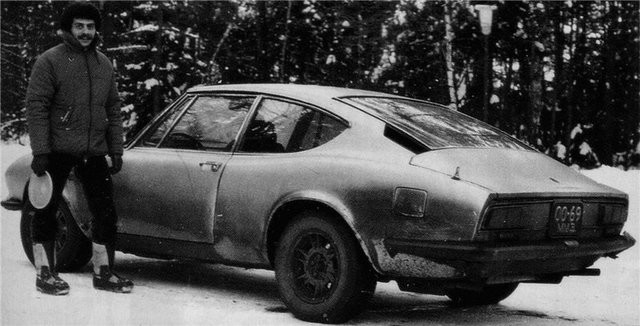 При этом у владельцев заморских автомобилей были и более насущные проблемы. К примеру, отсутствовал