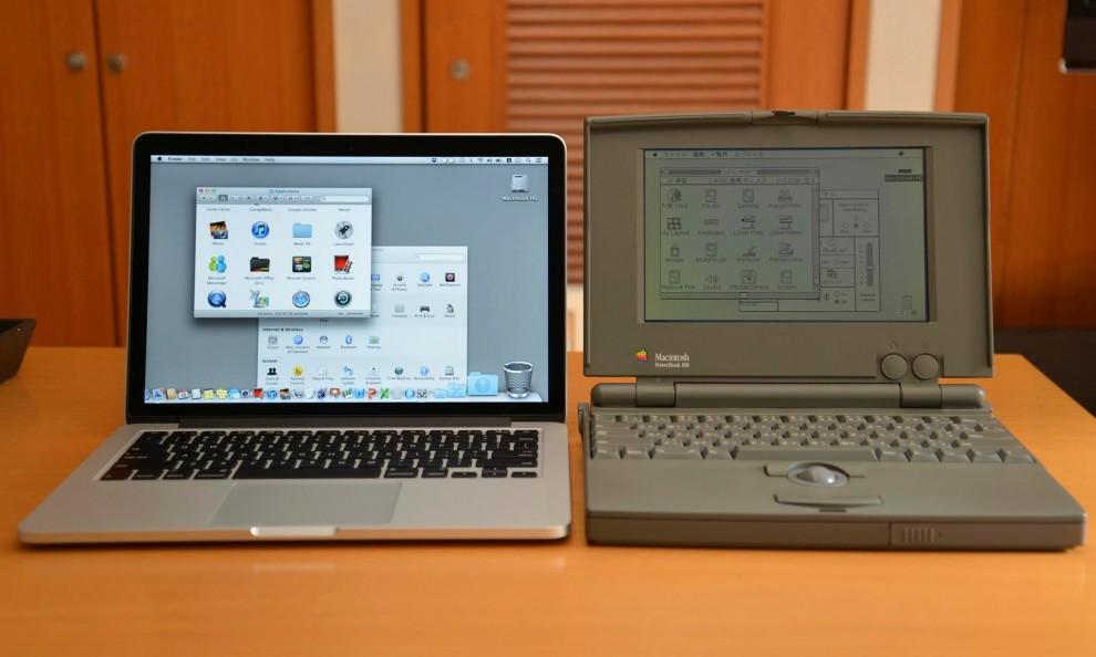 1977 Apple II – первый компьютер, серийно выпускавшийся компанией Apple Computer в коммерческих