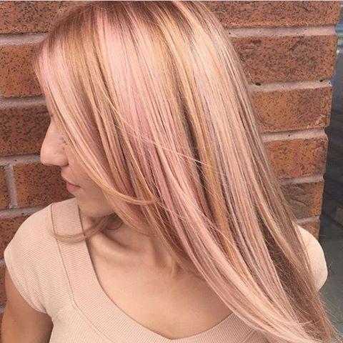 розовое-золото-волосы-окрашивание-фото8.png
