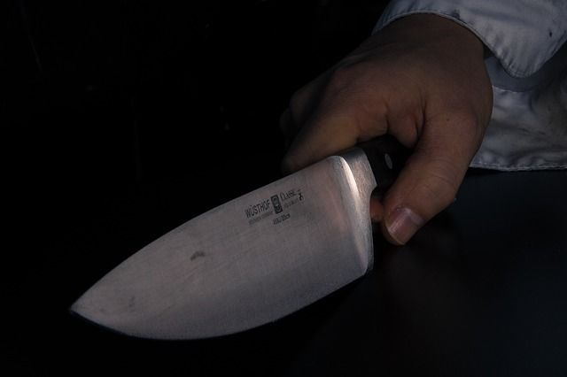 Нетрезвый петербуржец изрезал ножом своего попутчика вэлектричке «Васкелово— Санкт-Петербург»