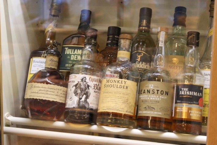 Ученые назвали безопасную норму спиртного для мужчин
