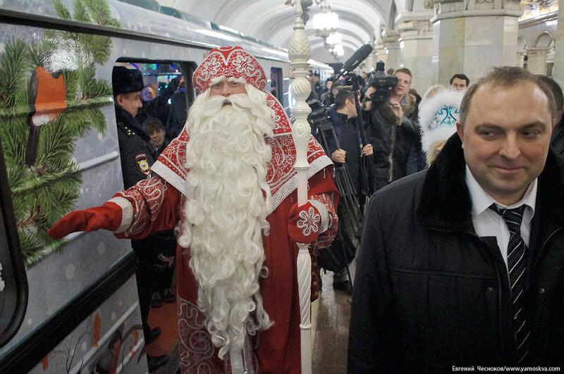 Метро. Новогодний поезд. 28.12.16.11..jpg