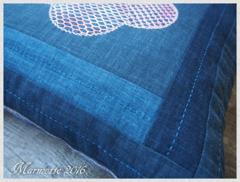 Подушка со сливой 3.jpg