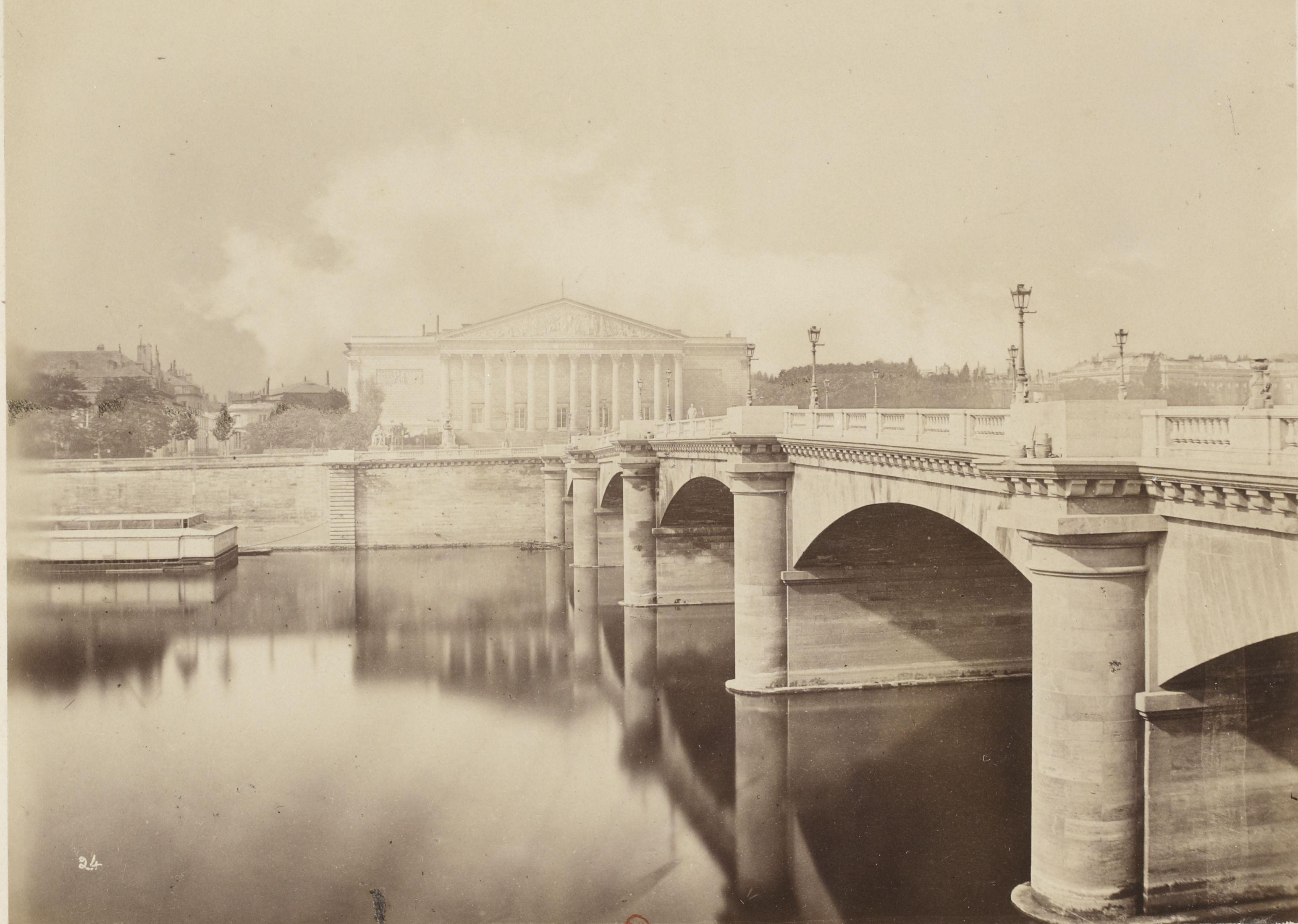 Мост Согласия и Бурбонский дворец