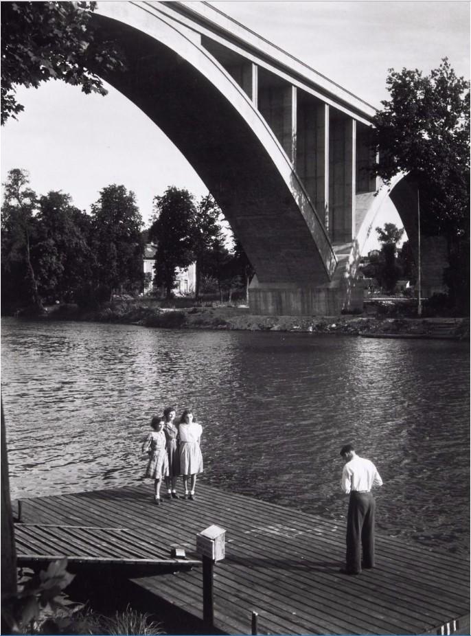 1957. На берегу Марны