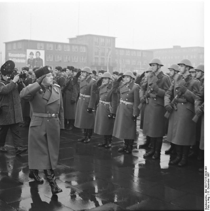 Berlin, Namensverleihung Wachregiment Feliks Dzierzynski