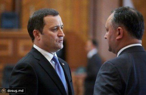 Два мандата депутатов - отозваны решением Парламента Молдовы