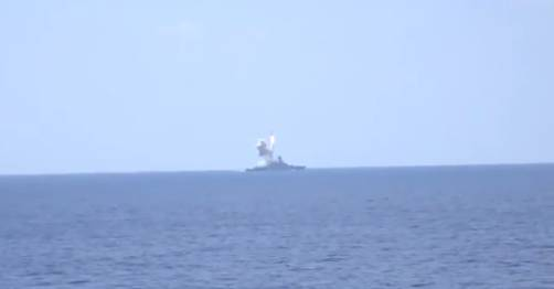 """Эрдоган дал зеленый свет? - Привет из оккупированного Севастополя. Российские морские """"корытные туристы"""" нанесли ракетные удары по Сирии"""