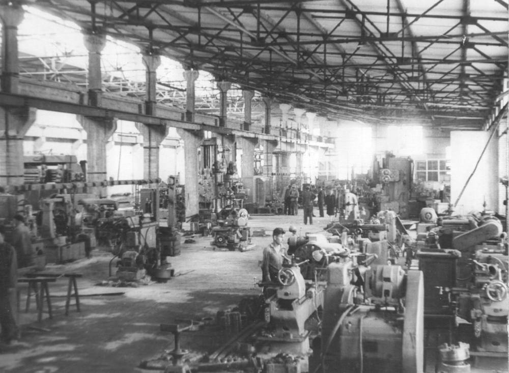 История промышленности России в фотографиях: АО «Автокран» (Иваново)
