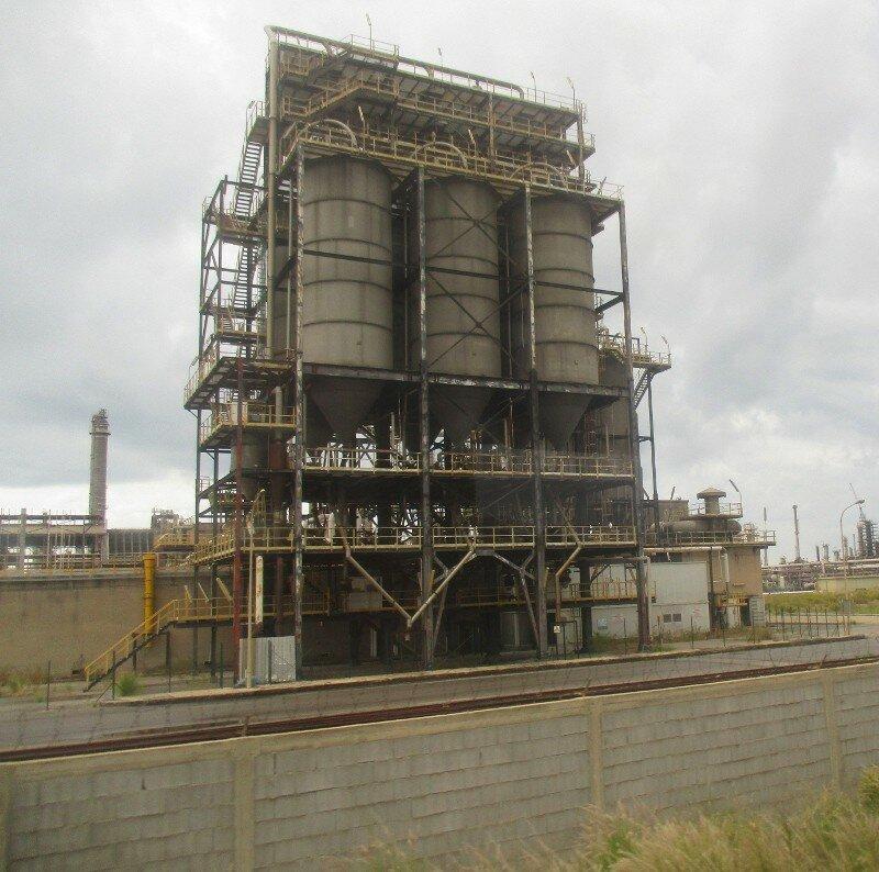 Jela. Petrochemical plant (Polo petrolchimico di Gela)