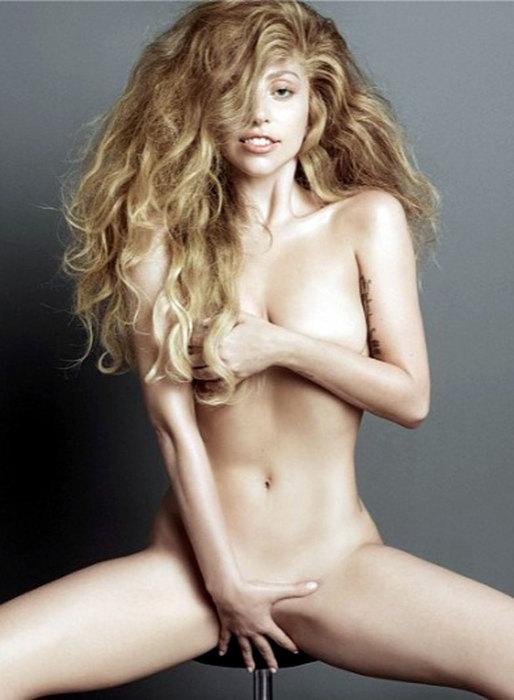 15. Леди Гага Шикарное фото, на котором и певице, и фотографу удалось удержаться в рамках эстетики,