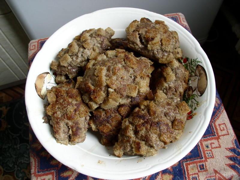 8. Сегодня для приготовления медвежьей лапы используется вовсе не медвежатина, а говядина, печенка и