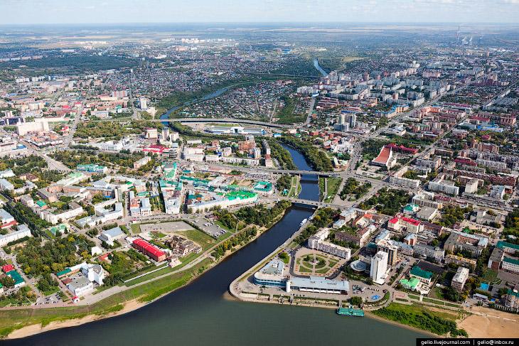 1. Омск был заложен в 1716 году как крепость, защищавшая южные границы государства. Основное ра