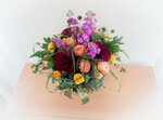 Выпускники прикладного курса «флорист» составили цветочную композицию в подарок на день Ангела Епископу Покровскому и Николаевскому Пахомию от Покровского  епархиального образовательного центра