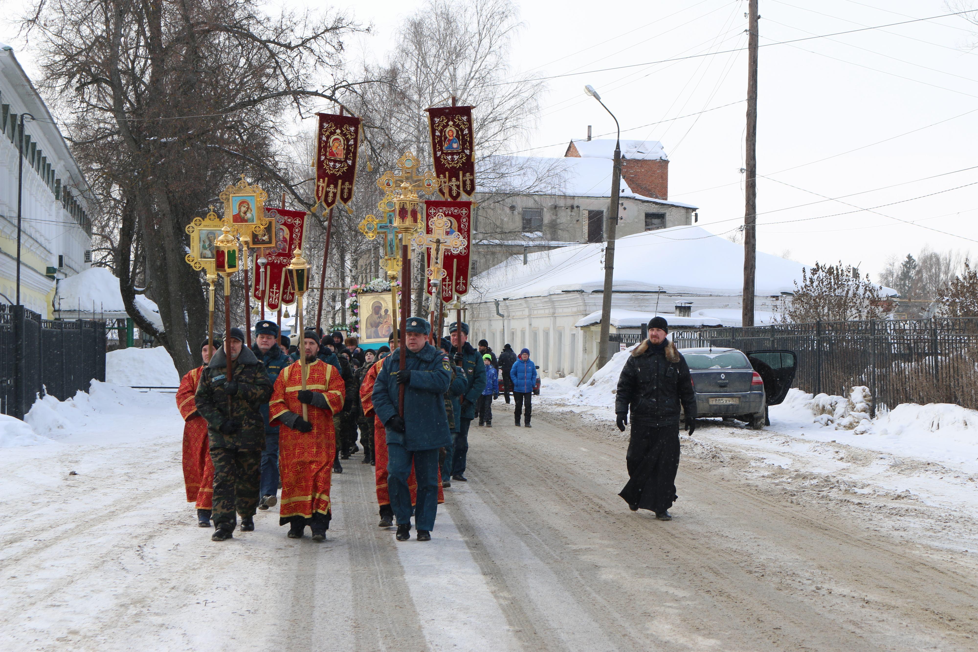 Крестный ход в день памяти новомучеников и исповедников Церкви Русской прошел в Выксе-24