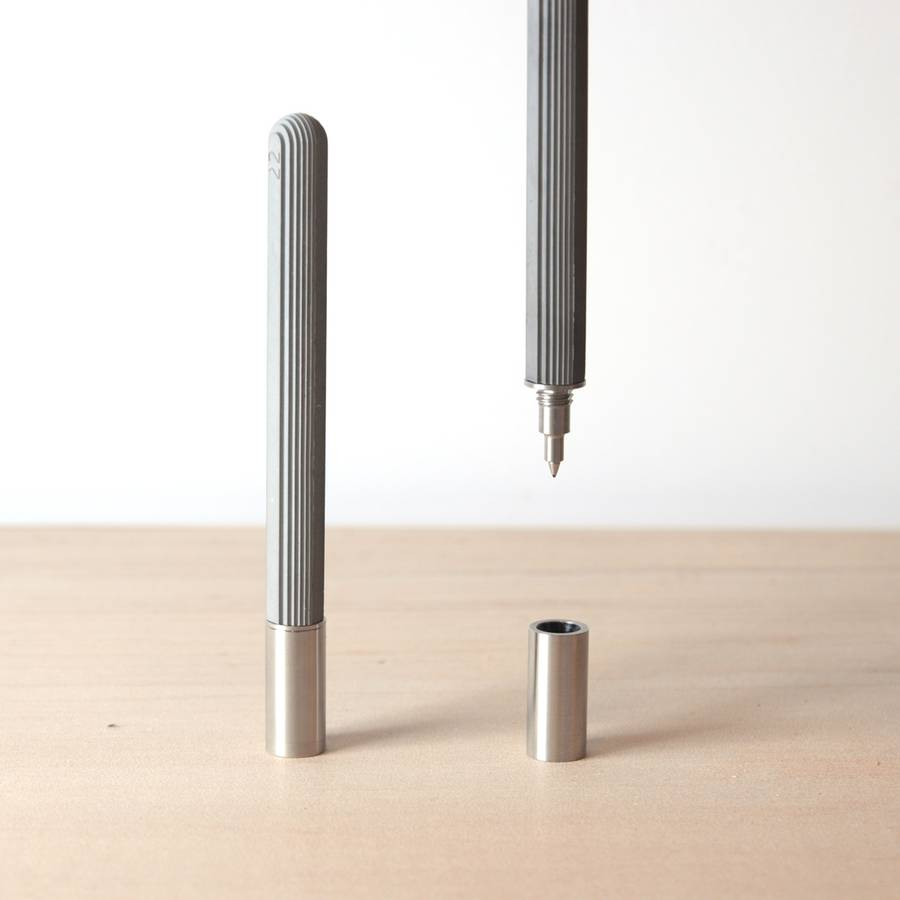 Stylo Rollerball by 22 Design Studio.