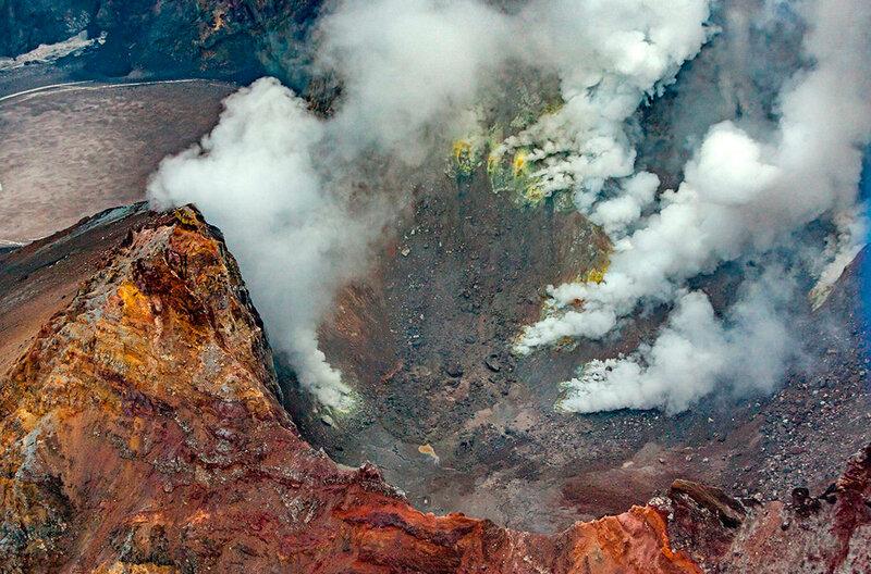 Мутновский вулкан. Полуостров Камчатский