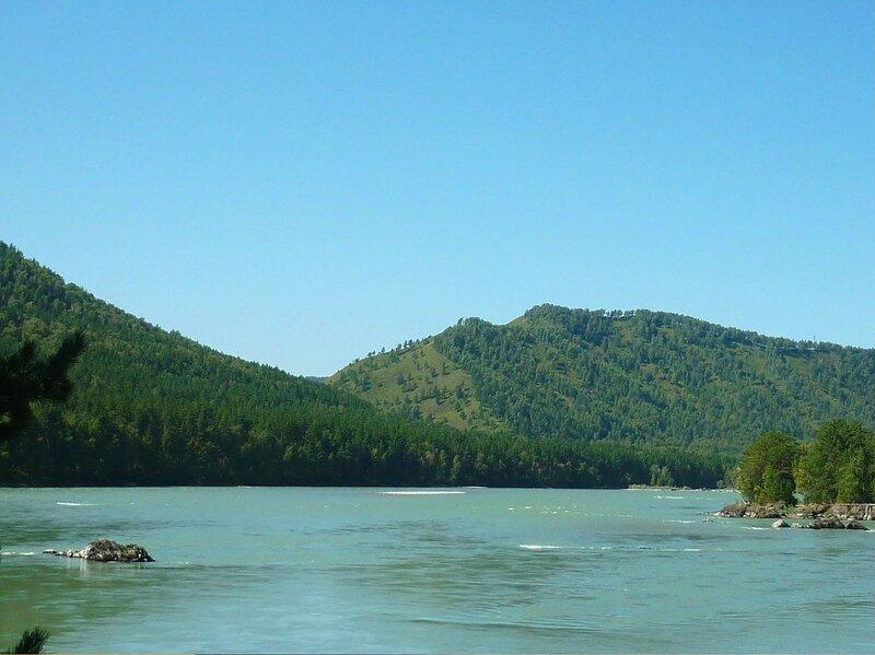 Сибирь. В горах Алтая. Катунь. На реке.jpg