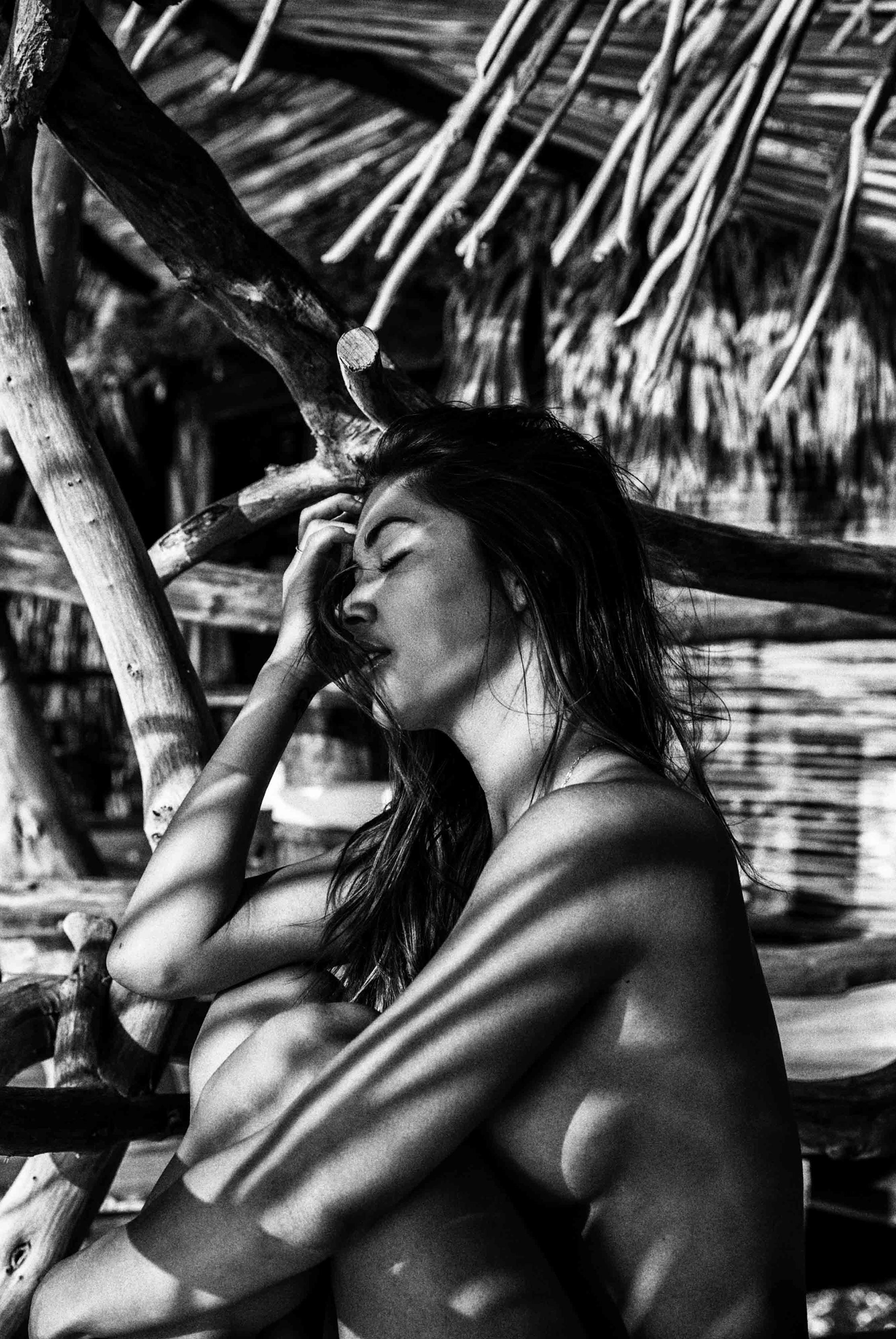 на курорте с Арианни Селесте / Arianny Celeste by Mat Abad - Badboi