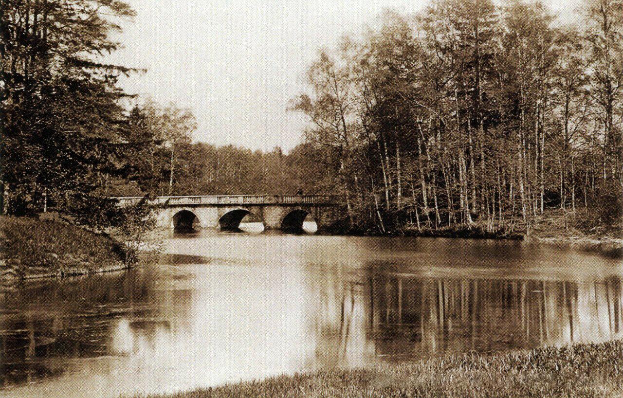 Гатчинский Дворцовый парк. Плоский мост